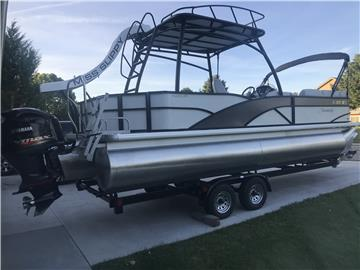 2017 Sweetwater Slide Boat (Miss Slippy)