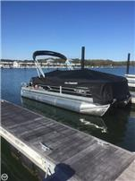 2016 Sun Tracker 22 DLX XP3 Party Barge Pontoon Boats