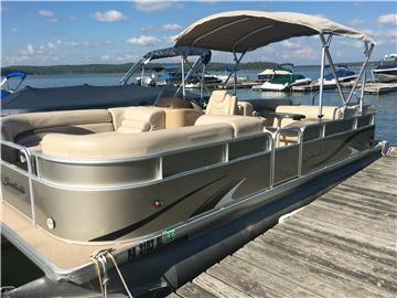 2012 Sweetwater 220SL
