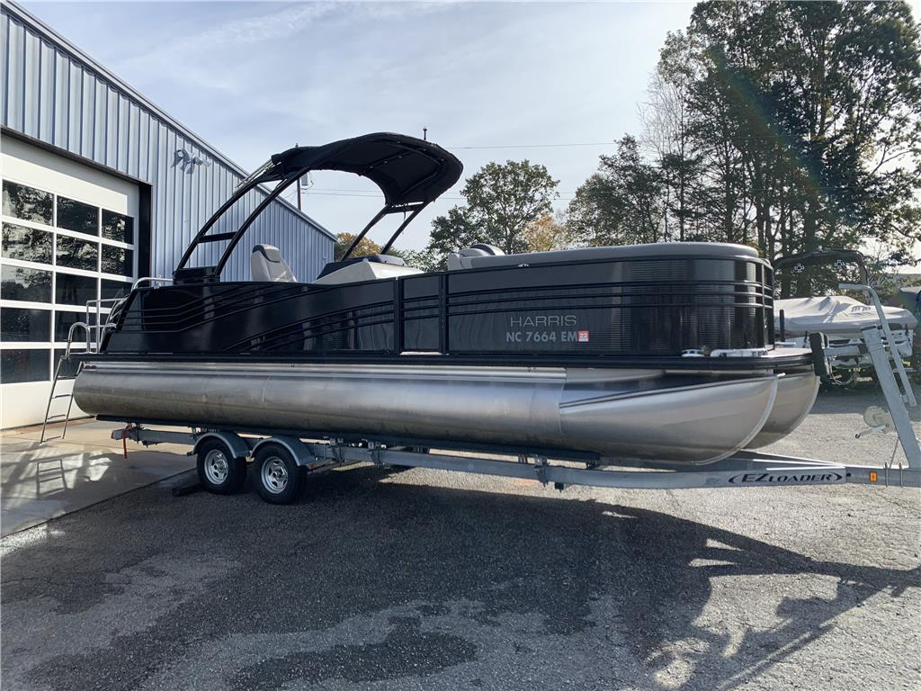 2019 Grand Mariner 250 LOADED!