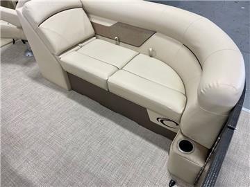 new-2021-crest_pontoons-classic_lx_220_slc-only399monthoac-13896-20746323-9-1024.jpg